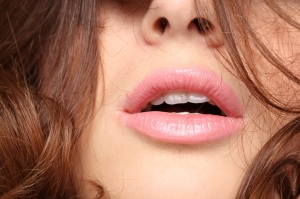 Do you wish your lips looked soft and supple all year long? The problem could very well be dehydration