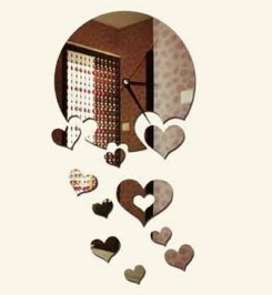 mirror-clock-decal-heart-cluster-pp-800x600