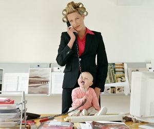 Should you scarifice the career for the baby? Or the baby for the career? Or can you baalnce them both?
