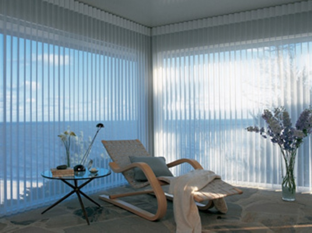 Just a click of a button, and all the motorized shades can either be opened to let in the morning light, or closed in the evening to assure complete privacy
