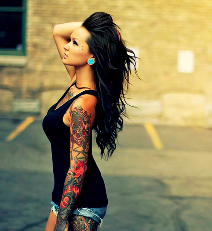 women-tattoo-sleeves-rtxnvso6