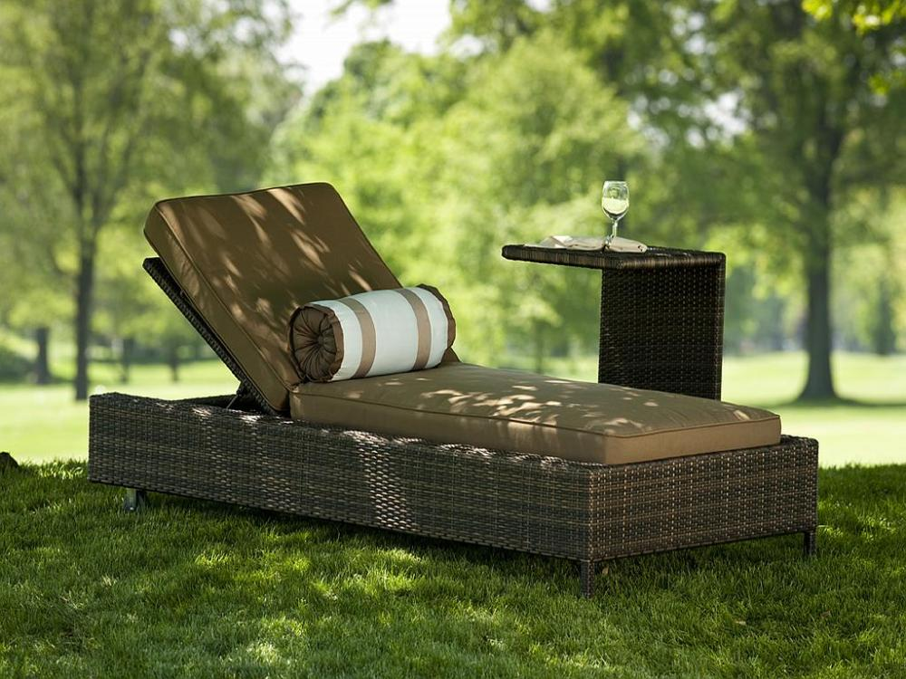 Outdoor-Chaise-Lounge-Chairs-Garden